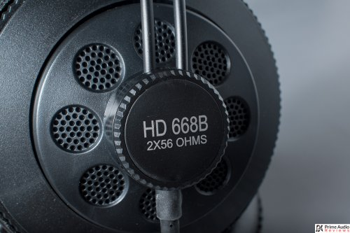 Superlux HD668B closeup.jpg