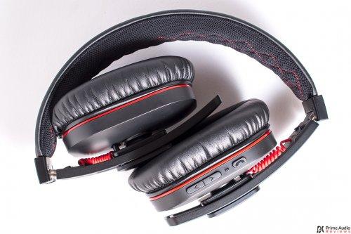 iDeaPLAY Bluetooth headphone folded.jpg