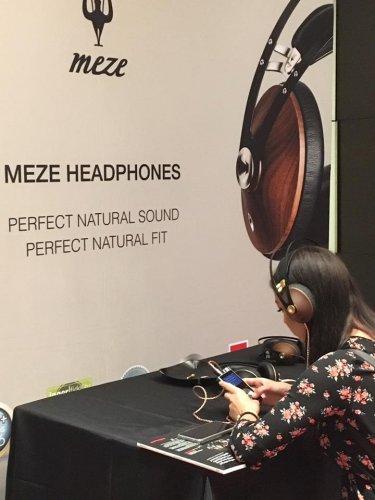 Meze Audio room6.jpg