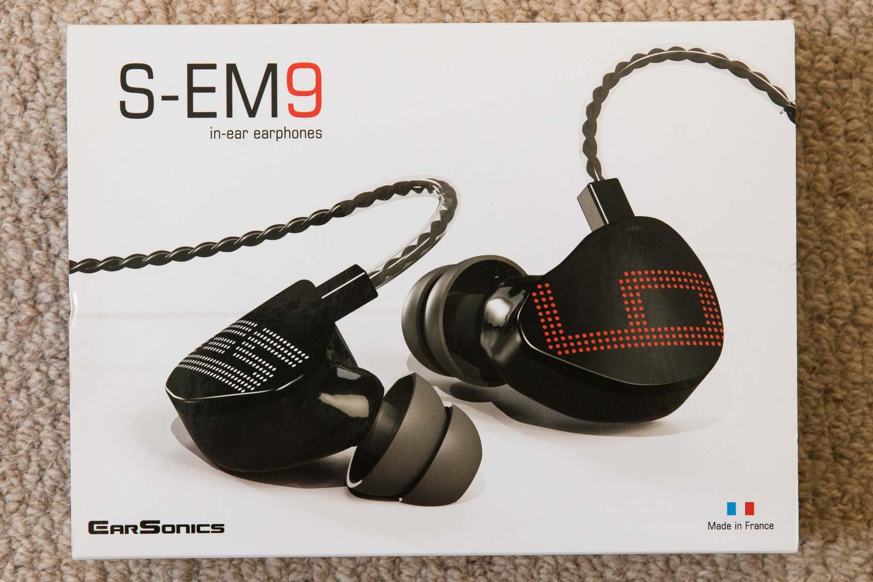 Earsonics S-EM9 earphonesEarsonics S-EM9_2.jpg