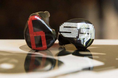 Earsonics S-EM9 earphonesEarsonics S-EM9_3.jpg