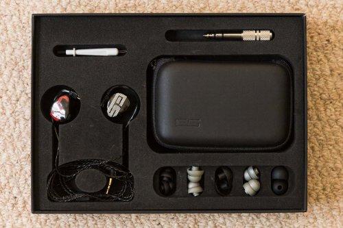 Earsonics S-EM9 earphonesEarsonics S-EM9.jpg