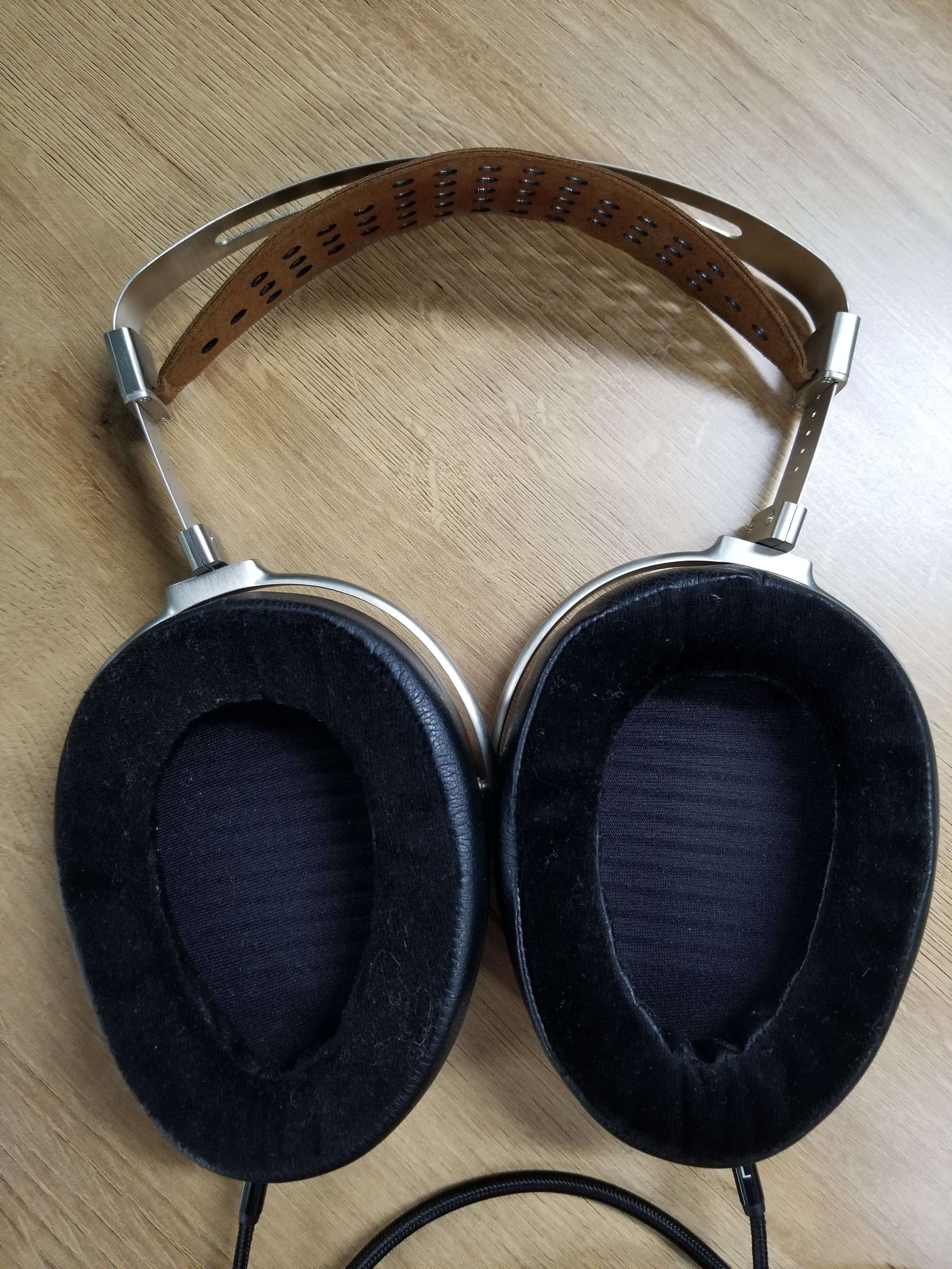 SOLD]: Mint HiFiMAN HE-1000 HEKv1 (free shipping & PayPal