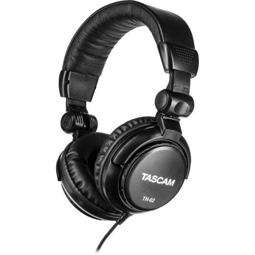 tascam_th_02_b_th_02_studio_headphones_black_984500.jpg
