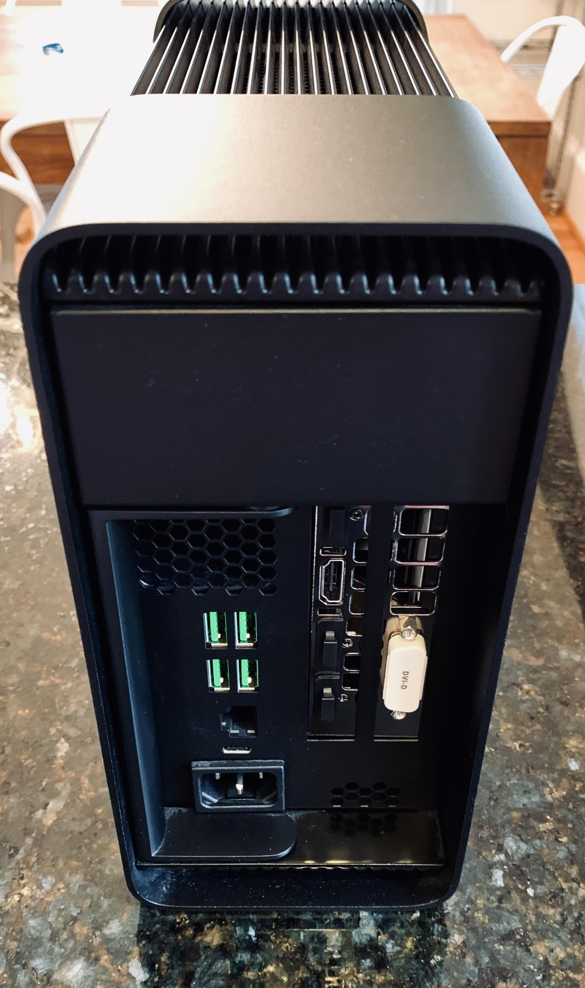 Razer Core external GPU enclosure + EVGA GTX 1070 | Headphone