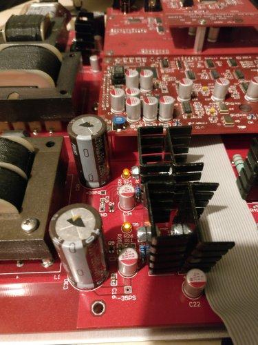 yggy-mainboard-led-d5.jpg