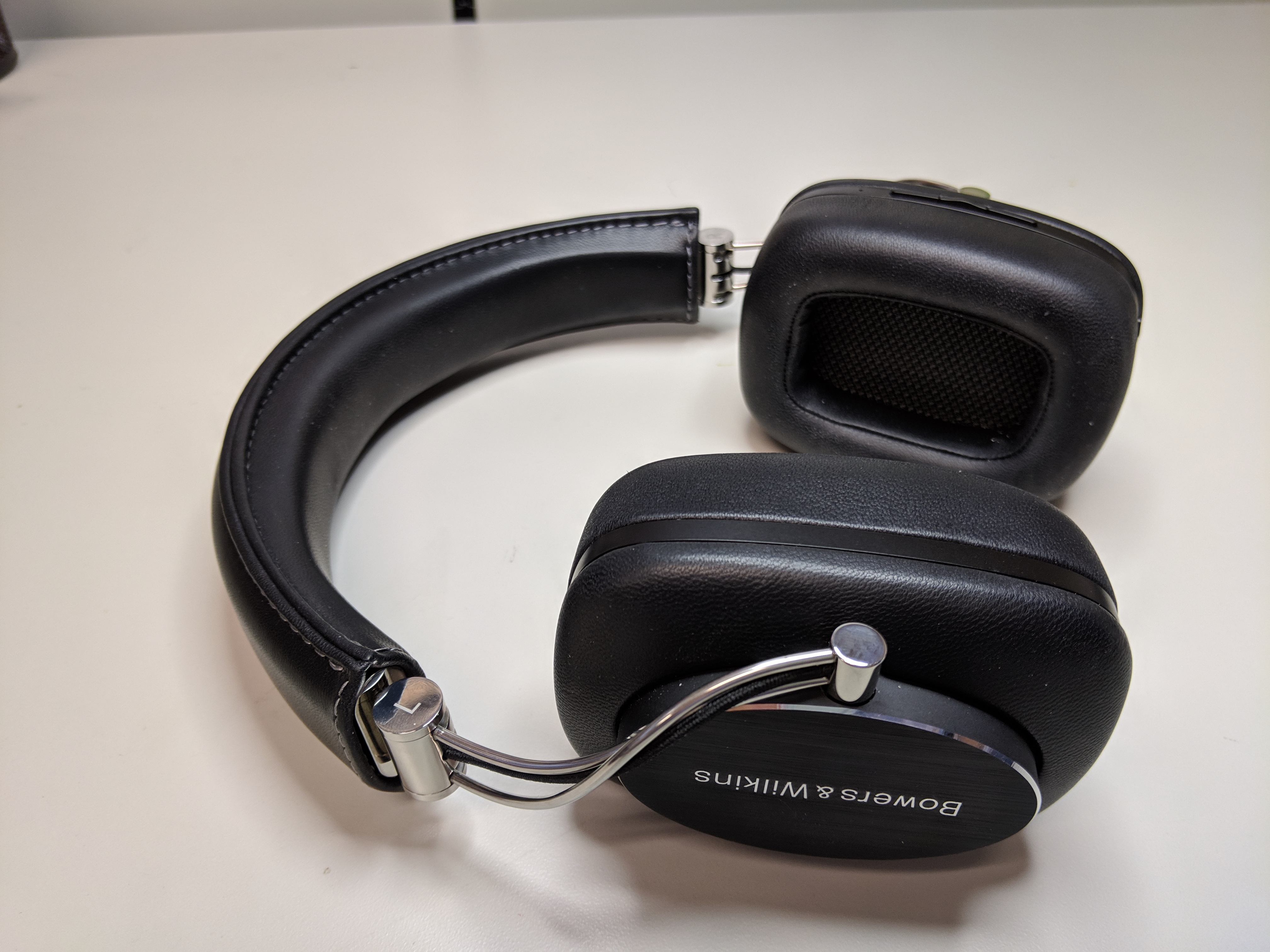 7d29f531965 FS: Bowers & Wilkins P7 Wireless Headphones | Headphone Reviews and ...