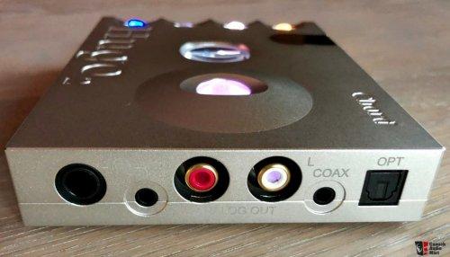 2150840-hugo-2-transportable-dacheadphone-amplifier.jpg