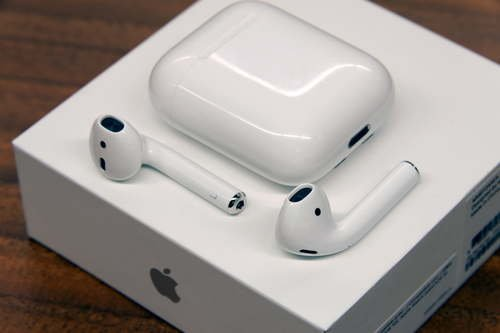 original-apple-airpods-500x500.jpg