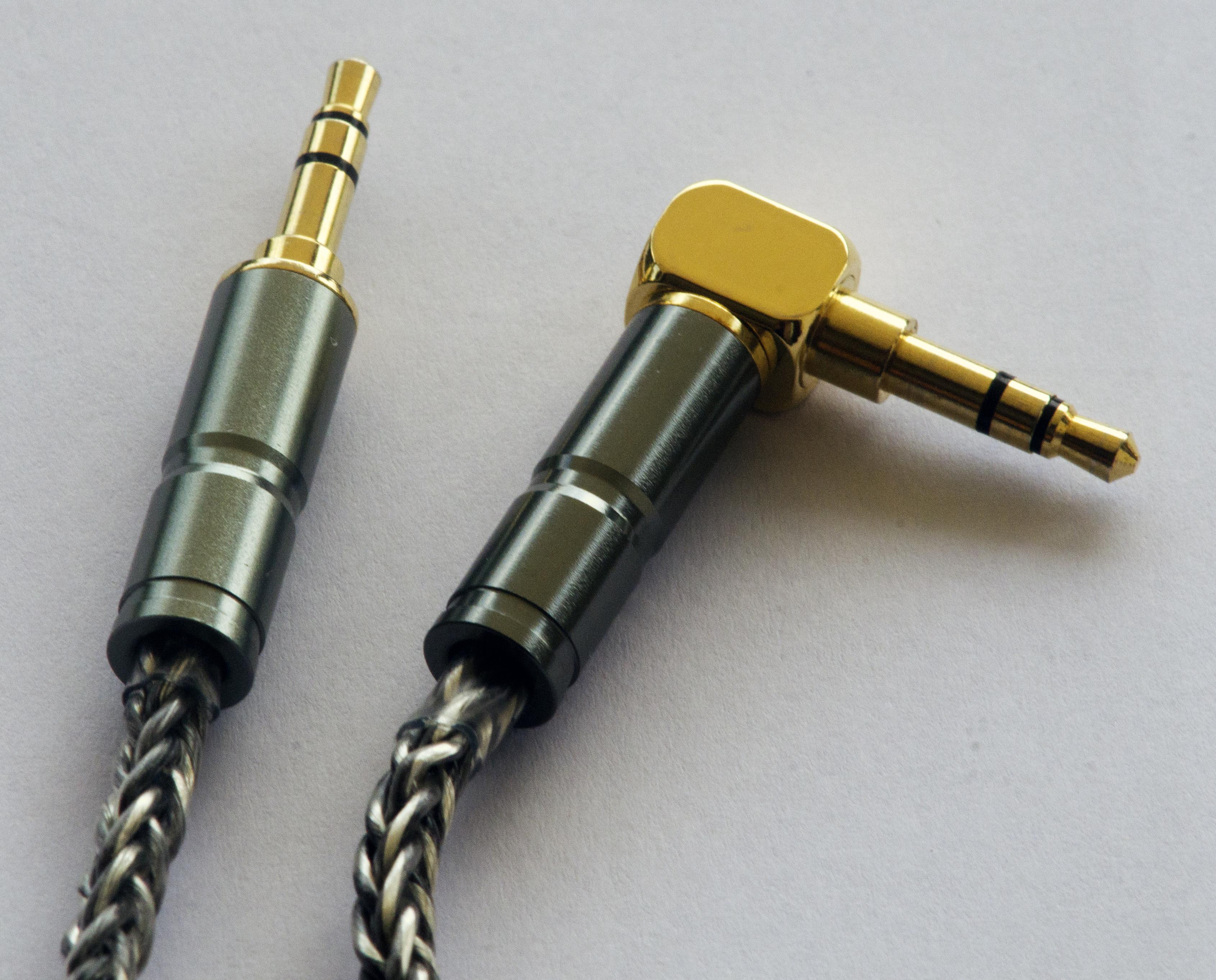 dm6 plugs.jpg