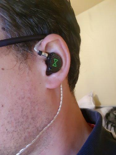 In ear1.jpg
