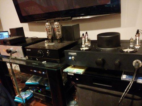 three amps.jpg