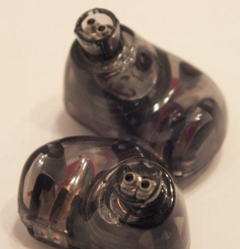 TRN_V30-earpieces.jpg