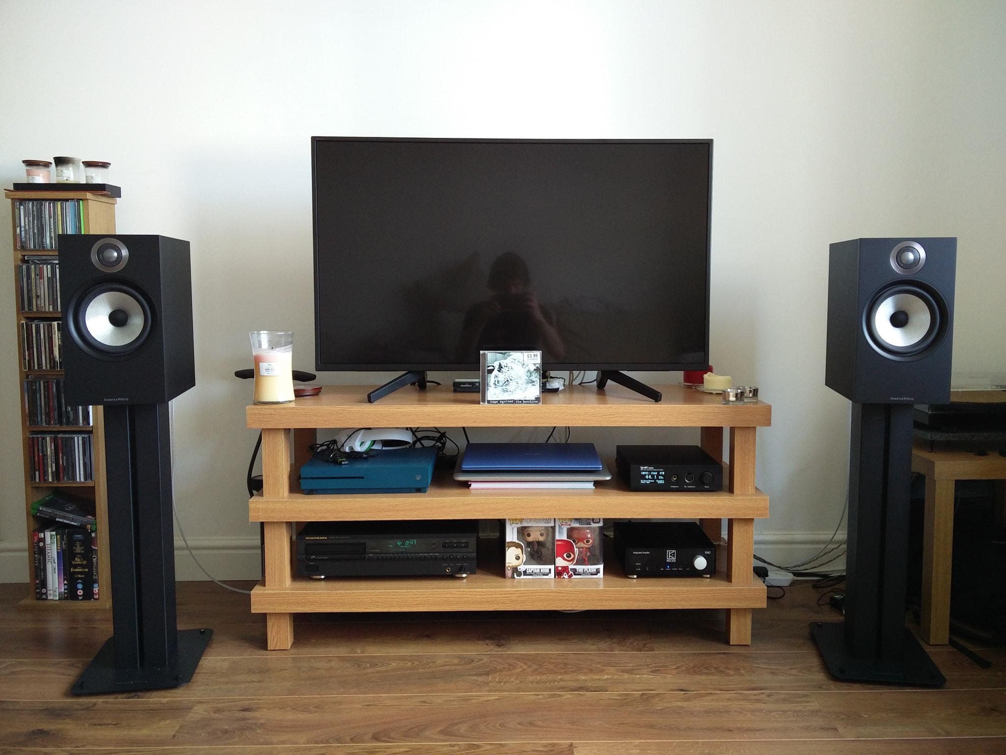 Need advice on speaker - running in circles | Headphone