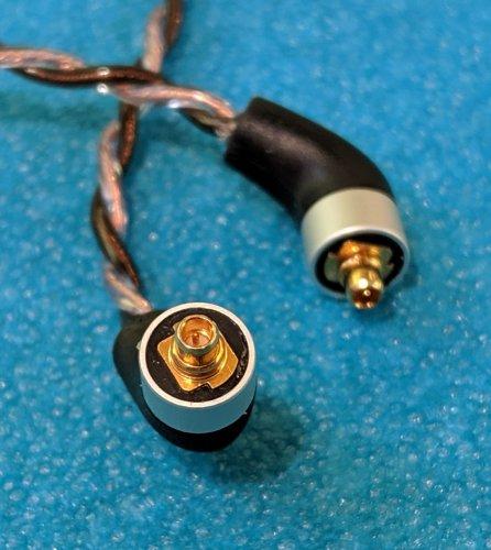 mmcx_connectors_1.jpg