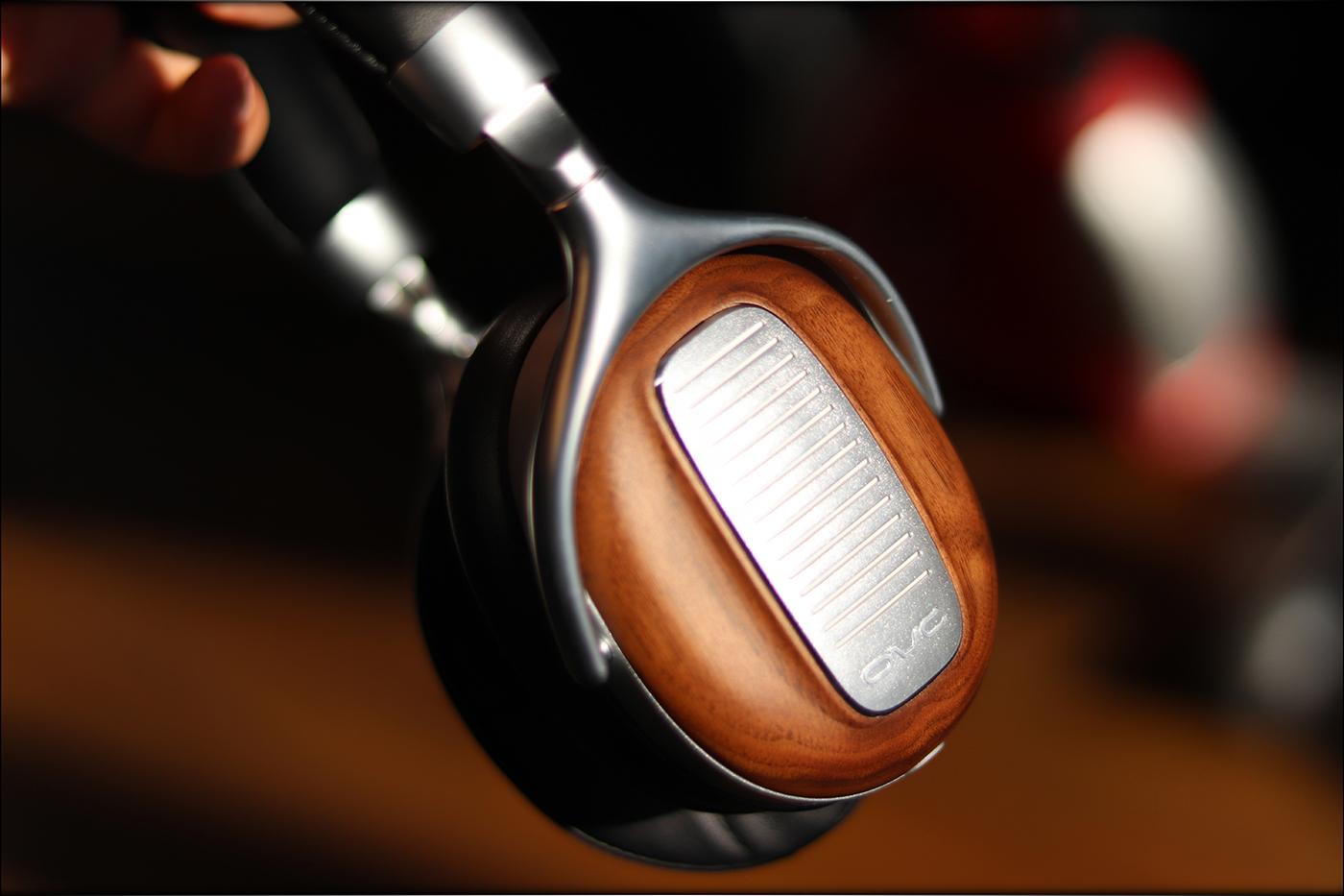 OVC-Tube-Headphones-Lamp-NuTubes-DSP-Self-Powered-Review-Audiophile-Heaven-24.jpg