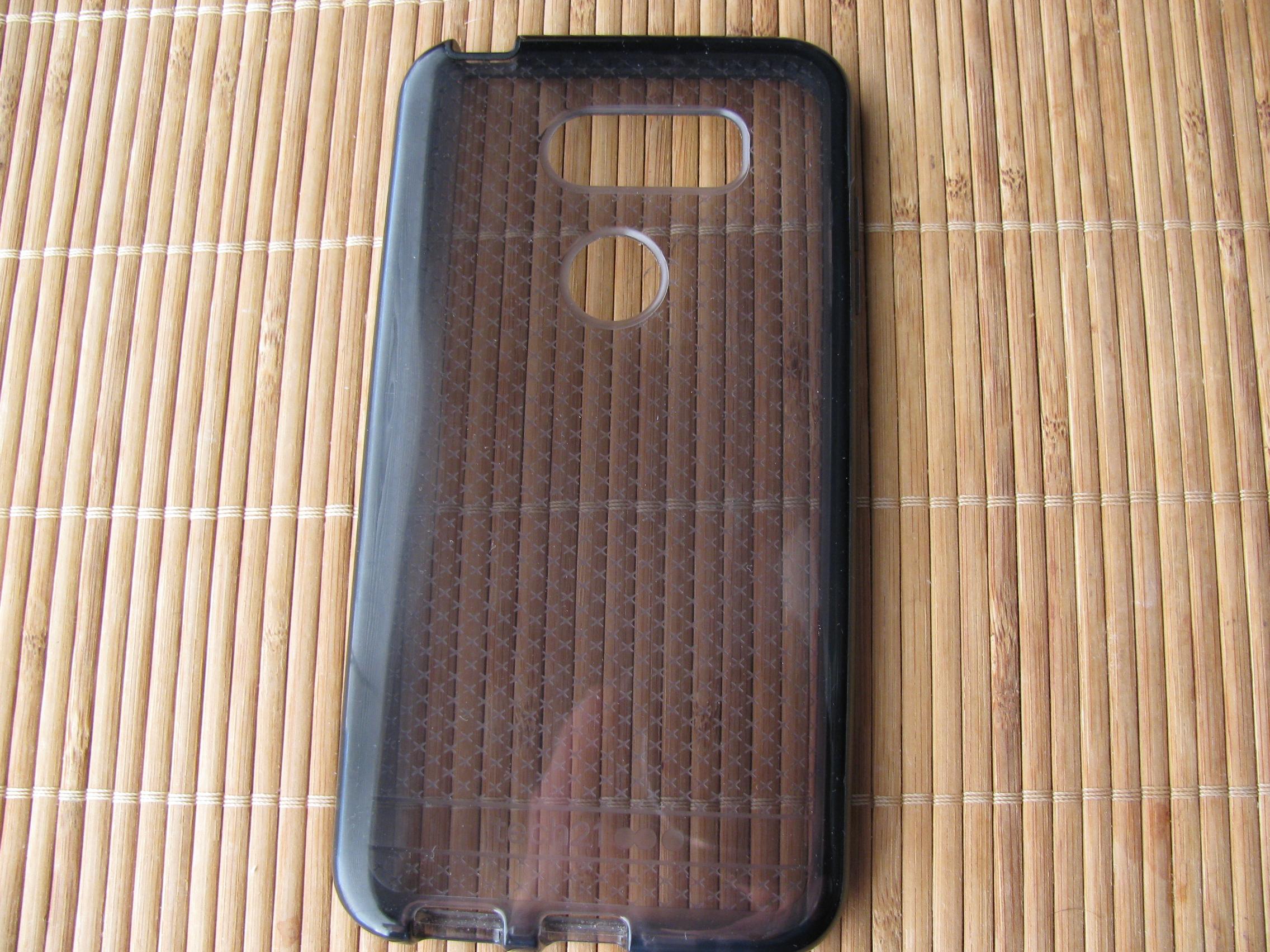 huge selection of 8e53c 8cfa4 SOLD PRICE DROP LG V30 H932 T-Mobile 64GB memory w/ Tech 21 Case ...