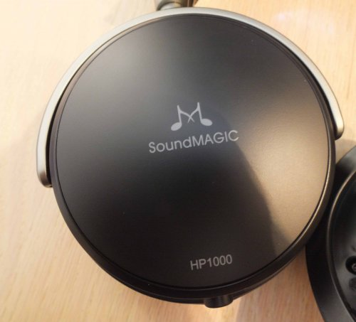 SoundMagic-HP1000-cup.jpg