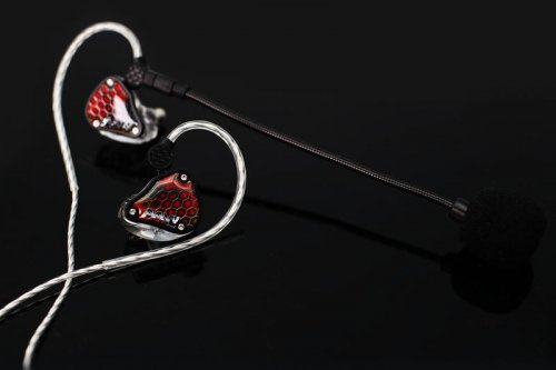 Advanced AcousticWerkes AAW Kingfisher Ceramic Gaming Universal IEM