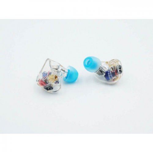 BGVP DH3 ear-700x700.jpg
