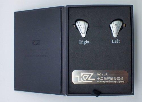 KZ-ZSX-box-open2.JPG