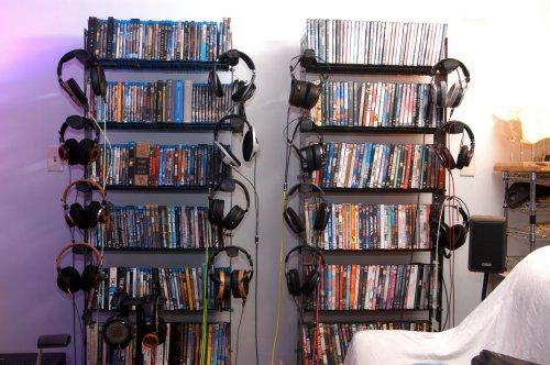 Headphones-25Oct-c.jpg