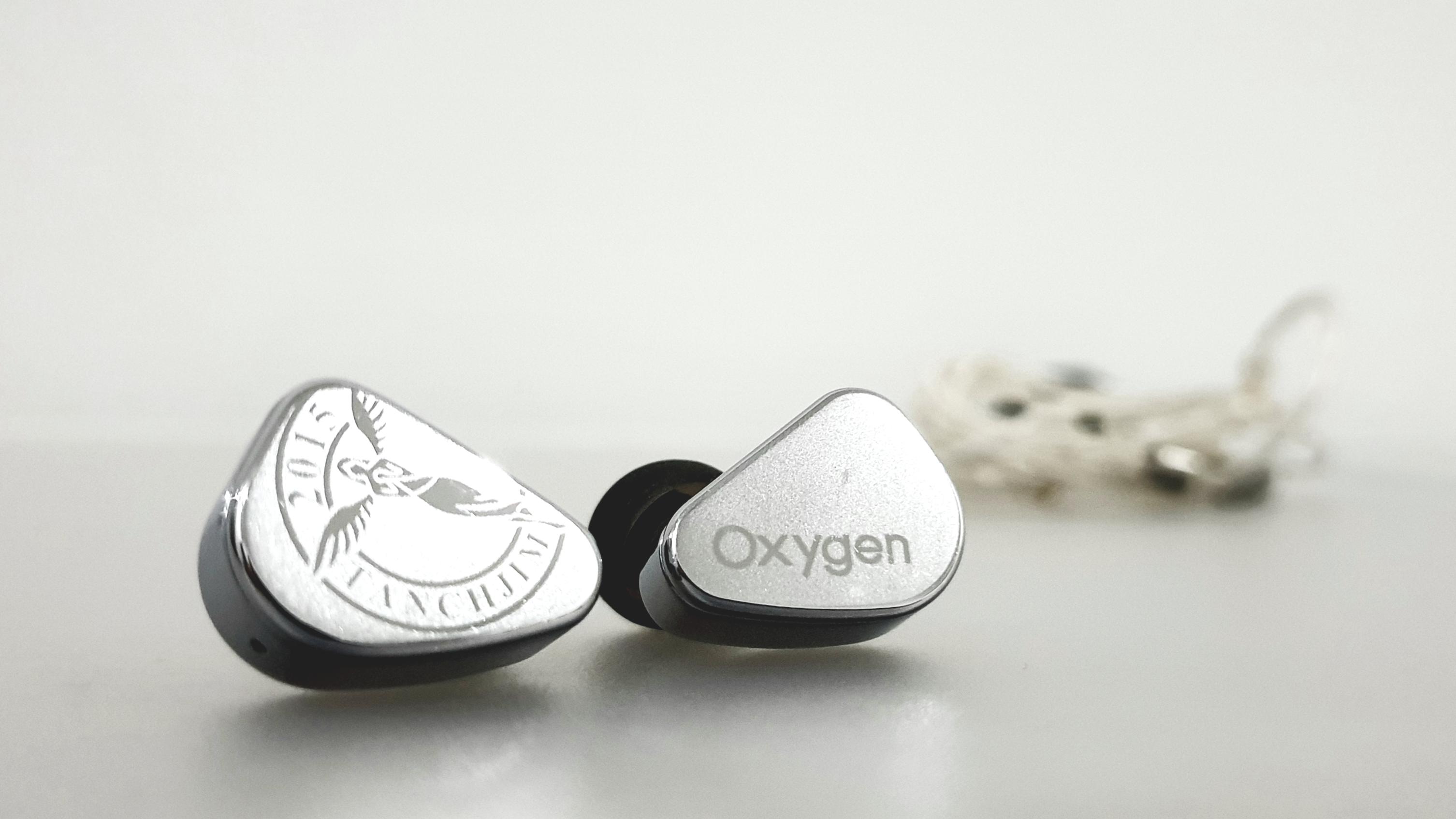 Oxygen-01.jpg