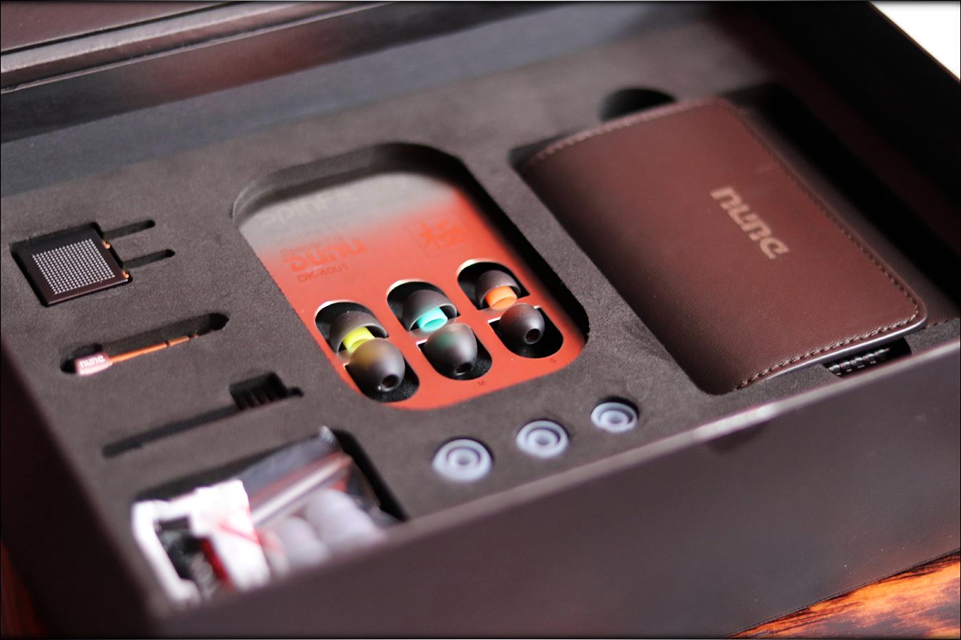 Dunu-DK-4001-Hybrid-Dynamic-BA-IEMs-Earphones-Be-Audiophile-Heaven-Review-08.jpg