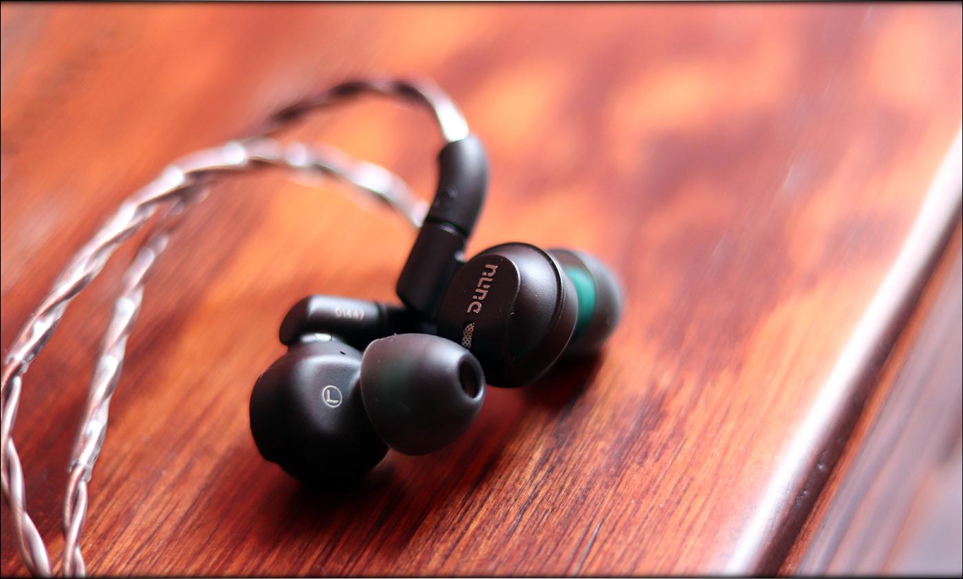Dunu-DK-4001-Hybrid-Dynamic-BA-IEMs-Earphones-Be-Audiophile-Heaven-Review-18.jpg