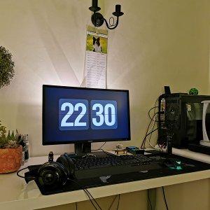 200319 Current Desk Incarnation.jpg