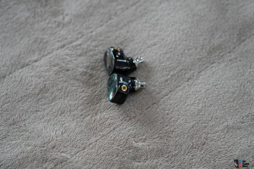 2627146-campfire-audio-solaris-se-w-pw-audio-8wire-cable-2nd-ever-made.jpg