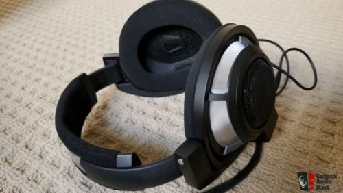 2724330-86019d58-sennheiser-hd800s-great-condition-and-all-accessories.jpg