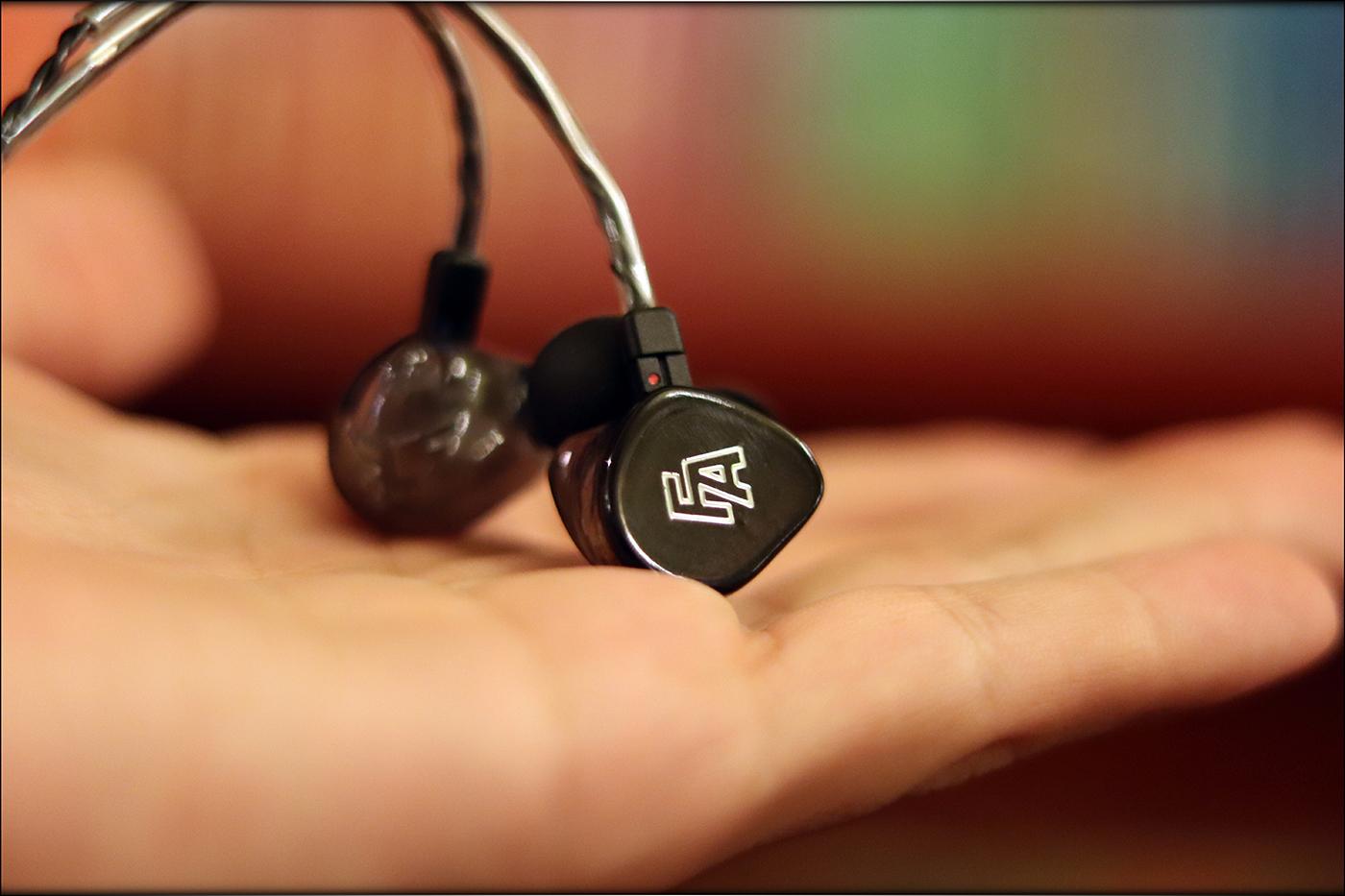 Fischer-Amps-Rapture-IEMs-Earphones-BA-Monitoring-Universal-Review-Audiophile-Heaven-14.jpg