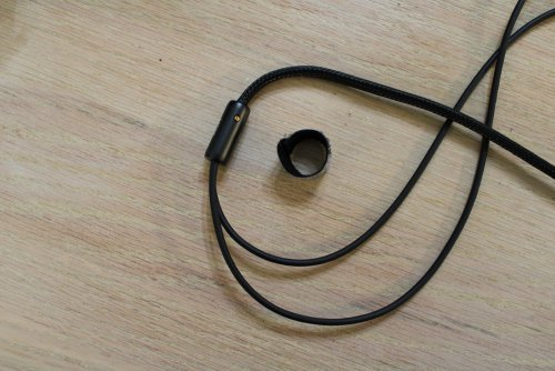 Meze-empyrean-35splitter-tie.JPG