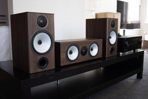 monitor audio bronze.jpg