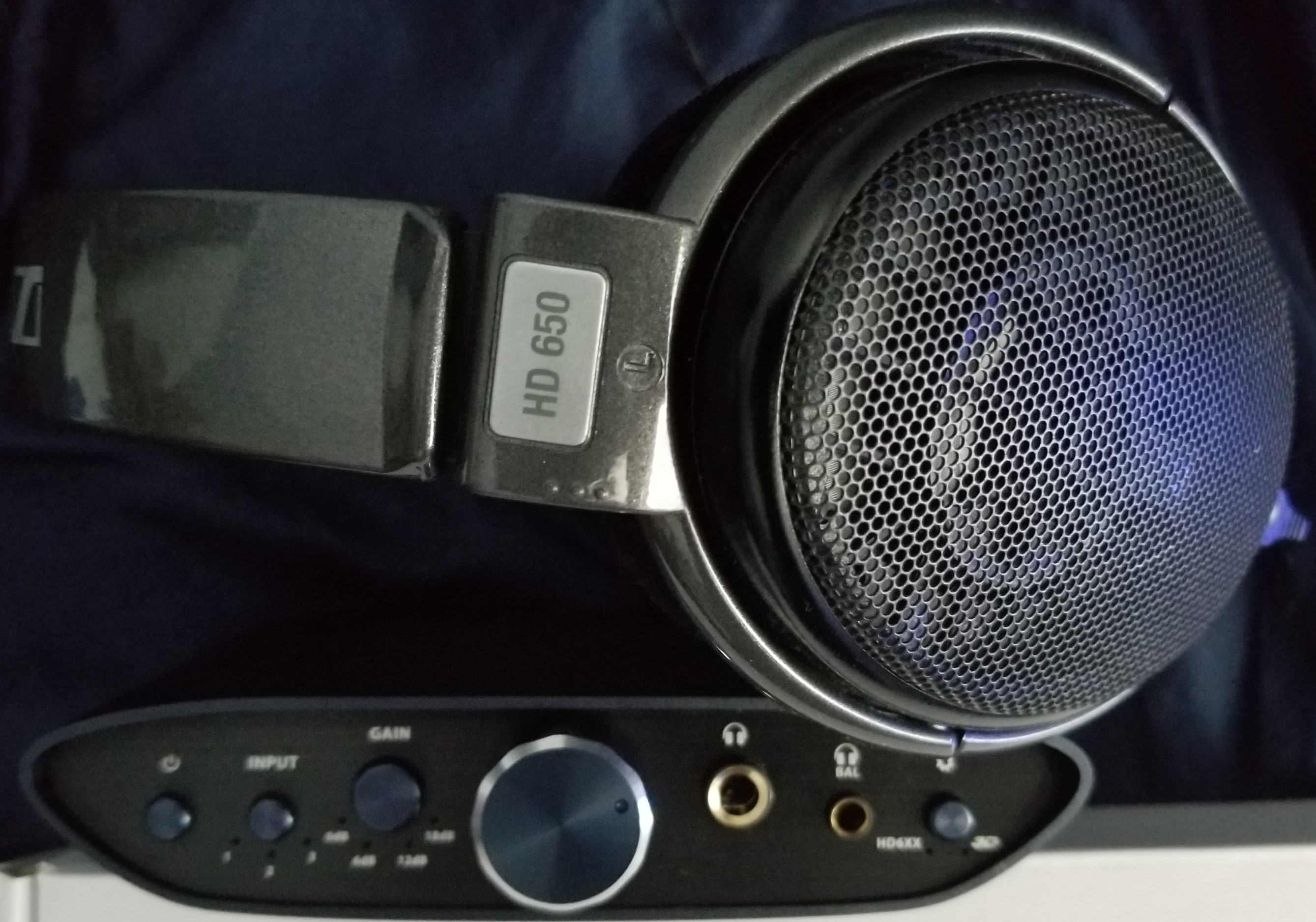 HD650 and Zen Can Signature (2).jpg