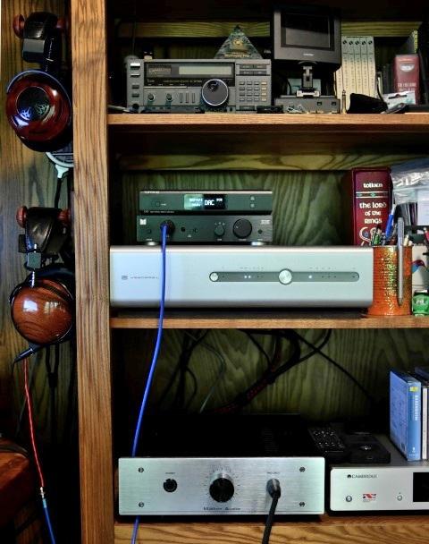 Headphone equipment shelf 1 (Small).JPG