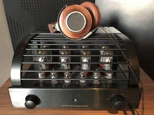 primaluna with headphones.jpg