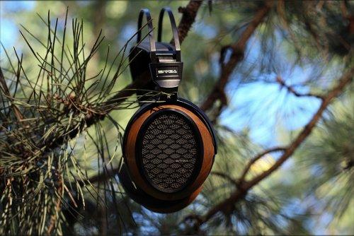 Sivga-P2-Planar-Magnetic-Headphones-Midrange-Warm-Sound-Over-The-Ear-Review-Audiophile-Heaven-05.jpg