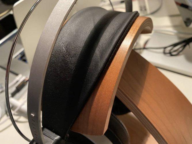 master1-headband-1.jpg