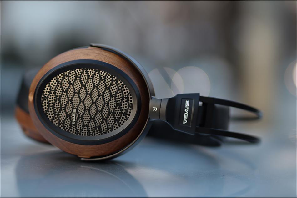 Sivga-P2-Planar-Magnetic-Headphones-Midrange-Warm-Sound-Over-The-Ear-Review-Audiophile-Heaven-14.jpg