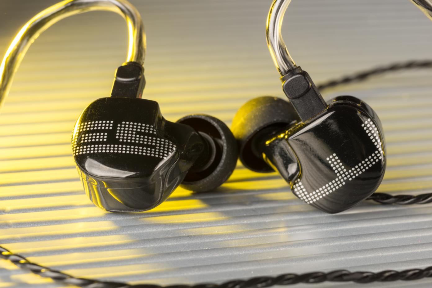 EarSonics ES3.png