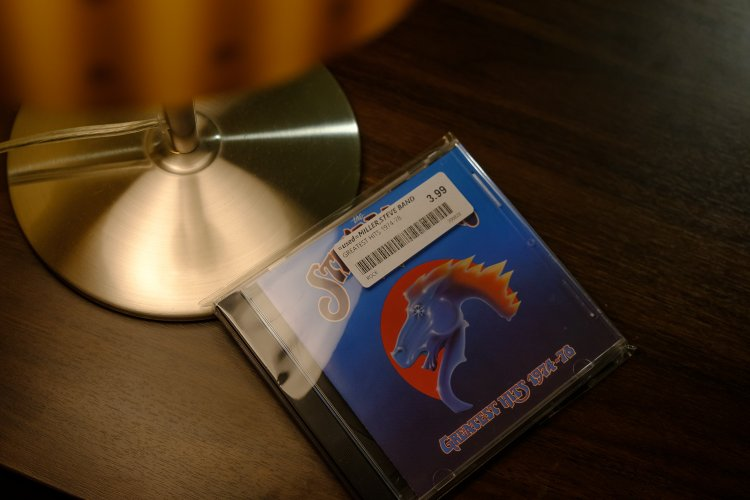 Steve Miller Band CD SRGordon 1500-3902.jpg