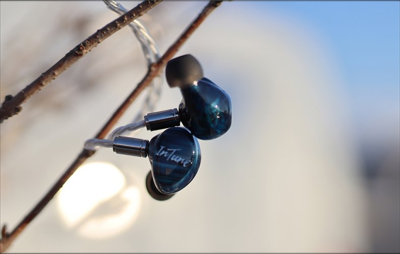 iBasso-IT-07-it07-IEMs-Earphones-Review-Multi-BA-Dynamic-Drivers-Audiophile-Heaven-31.jpg