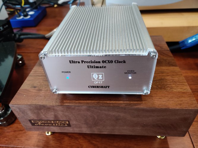 Cybershaft 10MHz clock with ultra-high precision OCXO Ultimate (OP17 model)