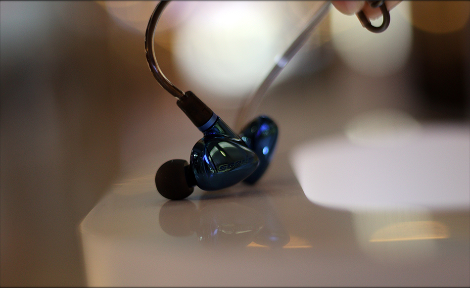 Hiby-Seeds-2-II-Entry-Level-Heavy-IEMs-Review-Audiophile-Heaven-23.jpg