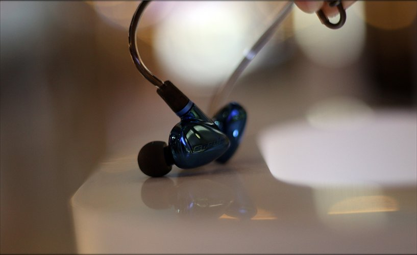 HiBy Seeds II earphones