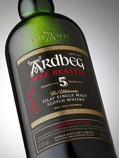 005-Ardbeg-Wee-Beastie-bottle-angle-Grey-1200x1600px.jpg