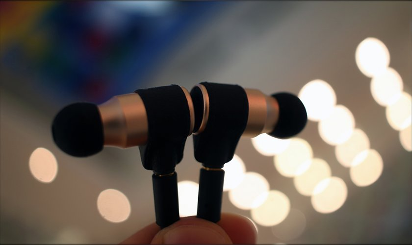 MAS-Audio-Science-Bass-Canon-IEMs-X5i-In-Ear-Midrange-Earphones-Review-Audiophile-Heaven-20.jpg