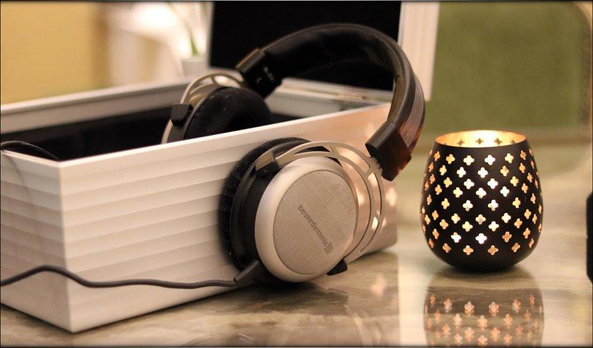 Beyerdynamic-Tesla-T1-First-Generation-Dynamic-Headphones-Early-Serial-Number-Review-Audiophil...jpg